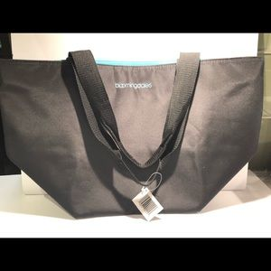 Bloomingdales NYC Tote with Zippers NWT